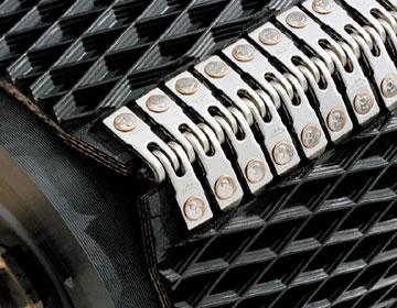 Alligator Rivet - mechanické spojky pásů pro lisy a baličky
